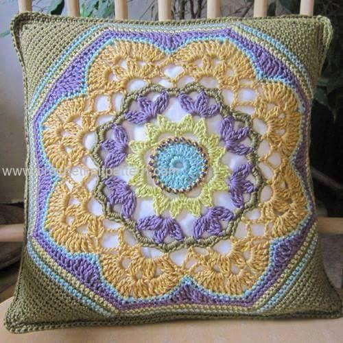 Crochet Patterns Pillows : Crochet Pillow Patterns Beautiful Crochet Patterns and Knitting ...