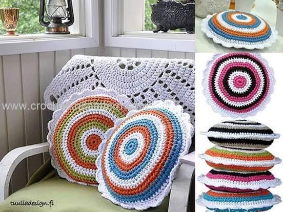 Free Crochet Pillow Patterns For Beginners : Pillow Beautiful Crochet Patterns and Knitting Patterns ...